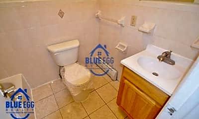 Bathroom, 1063 Gates Ave, 2