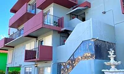 Building, 6580 W Flagler St, 2