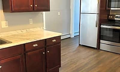 Kitchen, 16 Crown St, 1