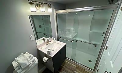 Bathroom, 2711 S Ocean Blvd, 2