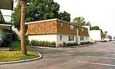 Lake Hollingsworth Apartments, 1