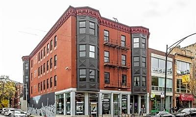 Building, 1735 W Division St 403, 2