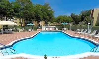 Pool, 1015 Country Club Dr 301-Y, 2