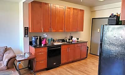 Kitchen, 811 Madison Ave, 1