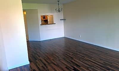 Living Room, 21909 Lake Forest Cir 202, 1