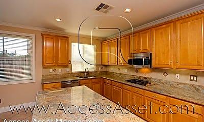 Kitchen, 13432 Pelican Peak Ct, 1