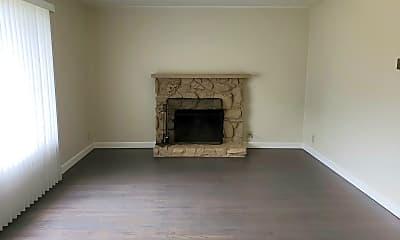 Living Room, 1127 Pembridge Dr, 1