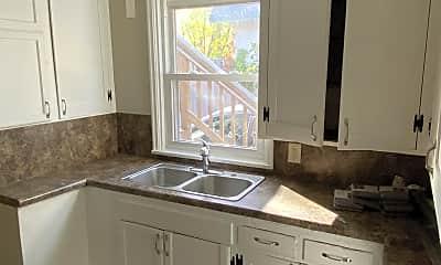 Kitchen, 272 George St W, 1