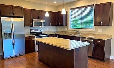 Kitchen, 2225 Bluestem St, 1