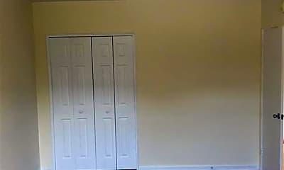 Bedroom, 65 Old Mamaroneck Rd 4O, 1