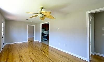 Living Room, 313 Maple St, 1