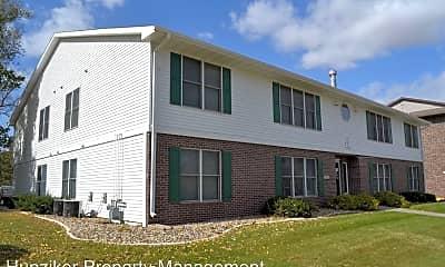 Building, 145 N Hyland Ave, 1
