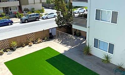 Building, 1300 Palos Verdes Dr 11, 1