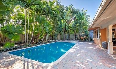 Pool, 1800 NE 28th Dr, 0