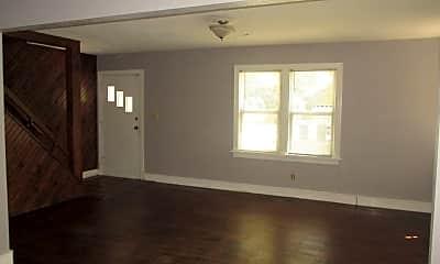 Living Room, 619 Boyd St, 1