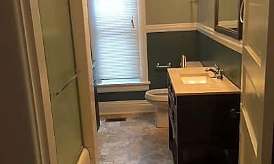 Bathroom, 562 E High St, 1