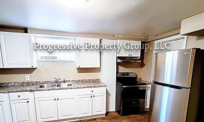 Kitchen, 1403 E 3rd St, 1