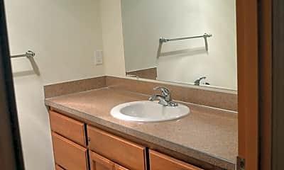 Bathroom, 373 Gwinn Street E, 1