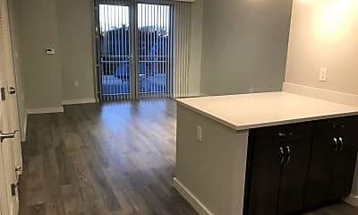 Kitchen, 640 Boston Ave, 1