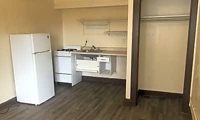 Kitchen, 1322 W Vliet St, 0