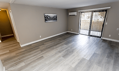 Living Room, 32200 Cathedral Canyon Dr, 1