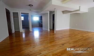 Living Room, 1127 W Oakdale Ave, 1