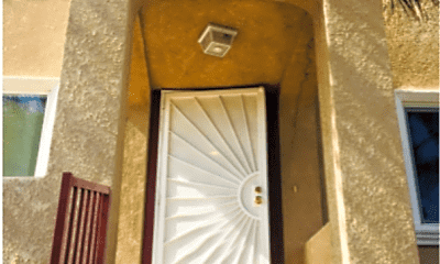 Patio / Deck, 1033 W 65th Pl, 1