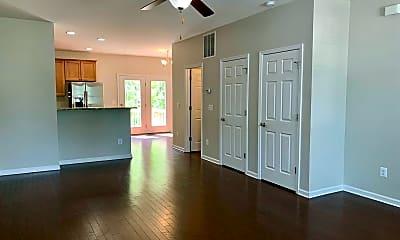 Living Room, 156 Longwood Dr, 1