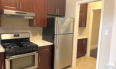 Kitchen, 486 Grove St, 1
