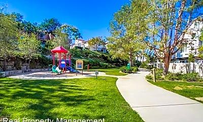 Playground, 5048 Via Manos, 2