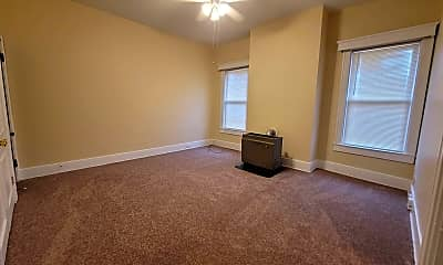 Living Room, 2722 Frankfort Ave, 1