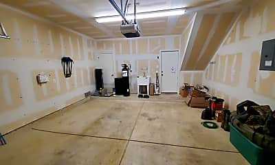 Fitness Weight Room, 6123 Kimble Mill, 2
