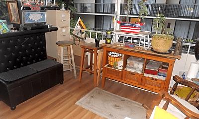 Living Room, 411 Kaiolu St, 2