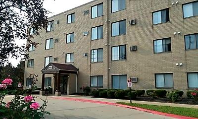 Riverpark Apartments, 0