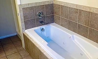 Bathroom, 718 W 14th St, 2