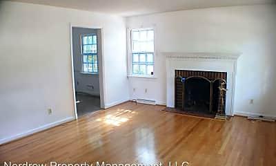 Living Room, 7513 Schaaf Dr, 1