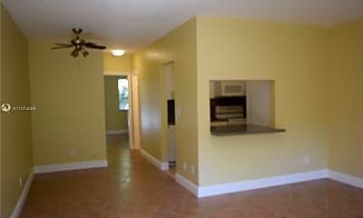 Living Room, 2915 Plunkett St 2D, 0