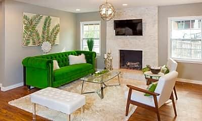 Living Room, Kenzie, 1