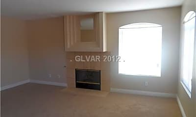 Living Room, 5028 Sublight Ave, 1