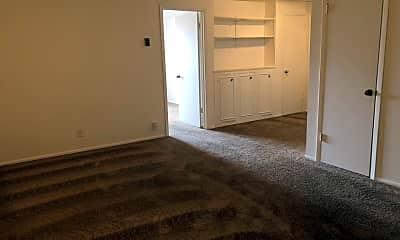 Bedroom, 320 E 5th Ave, 1