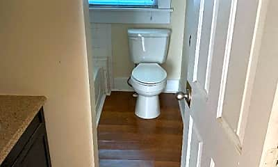 Bathroom, 818 Christian Pl, 2