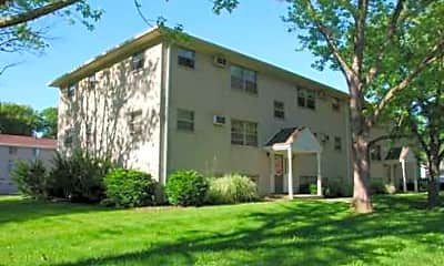 State Place Apartments, 1