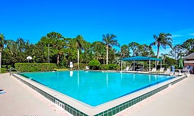 Pool, 949 Ginger Way, 2