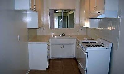 9215 Sepulveda Apartments, 1