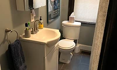Bathroom, 37 E Collings Ave, 1