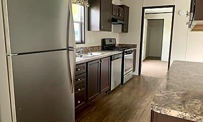 Kitchen, 44 Rustic Pkwy 161, 0