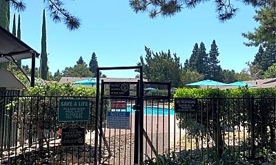 Palo Verde Apartments, 2