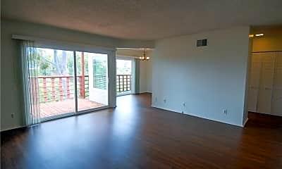 Living Room, 246 Avenida Montalvo A, 1