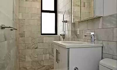 Bathroom, 102 Norfolk St, 2