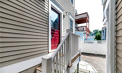 Patio / Deck, 119 Forest St 2, 2